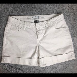 Apt 9 | Essentials White Shorts